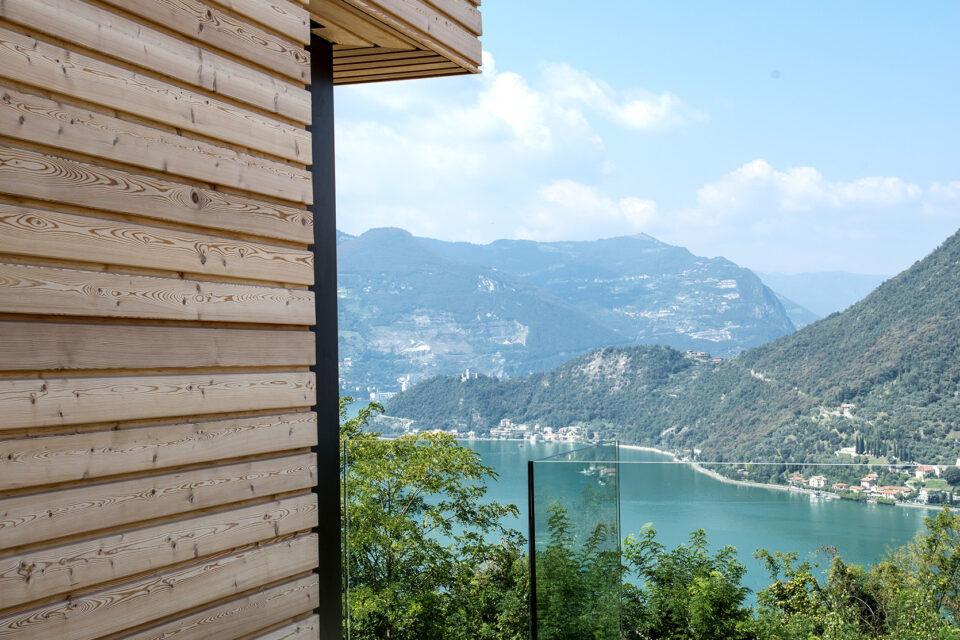 Immagine per Ville residenziali in legno con parapetti in vetro sul Lago d'Iseo - 2