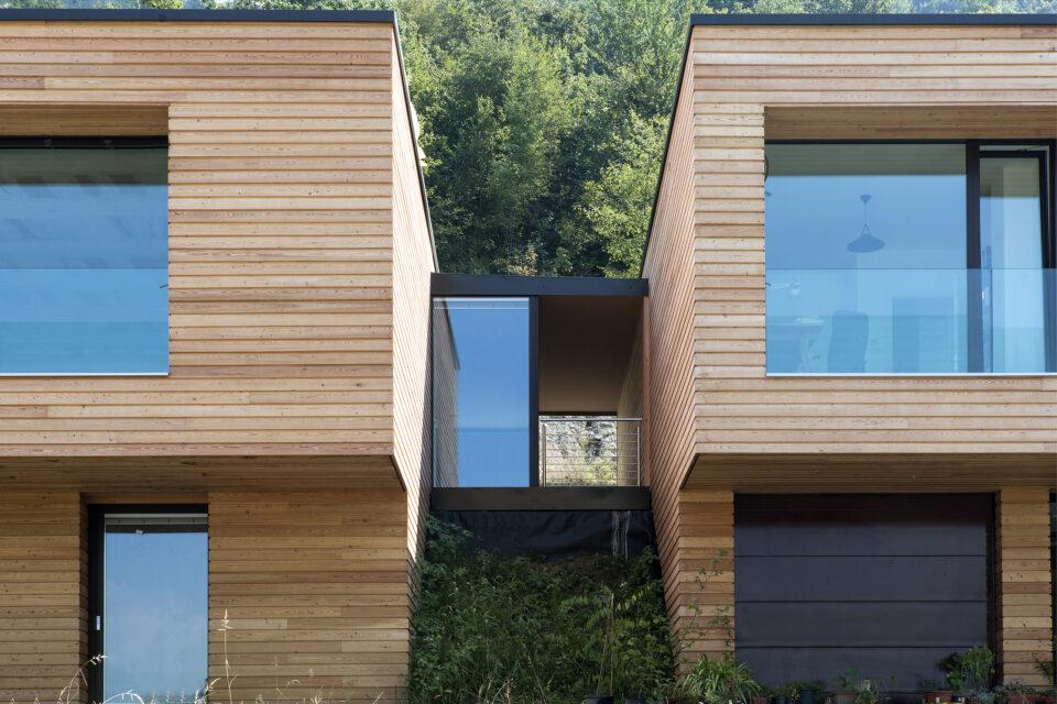 Immagine per Ville residenziali in legno con parapetti in vetro sul Lago d'Iseo - 4