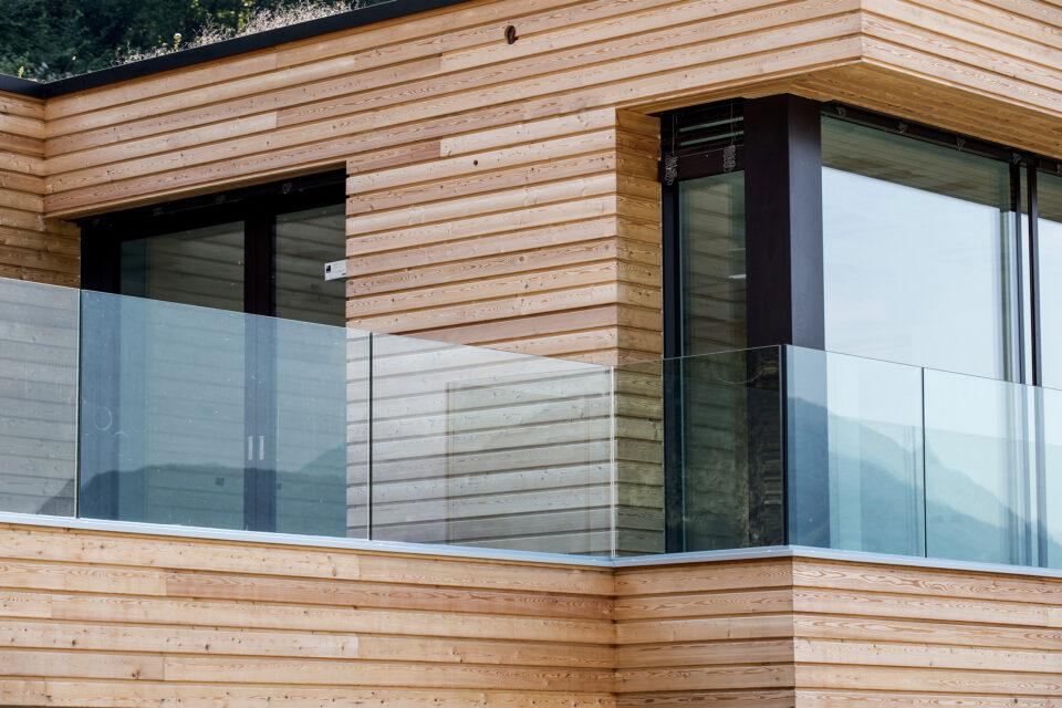 Immagine per Ville residenziali in legno con parapetti in vetro sul Lago d'Iseo - 6