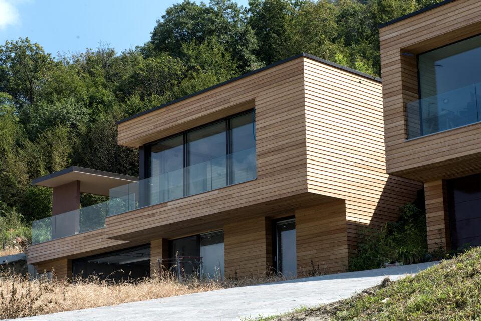 Immagine per Ville residenziali in legno con parapetti in vetro sul Lago d'Iseo