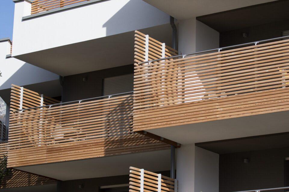 Immagine per Parapetti e divisorie in legno al Gardabreak - 4