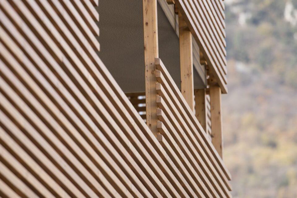 Immagine per Parapetti e divisorie in legno al Gardabreak - 3