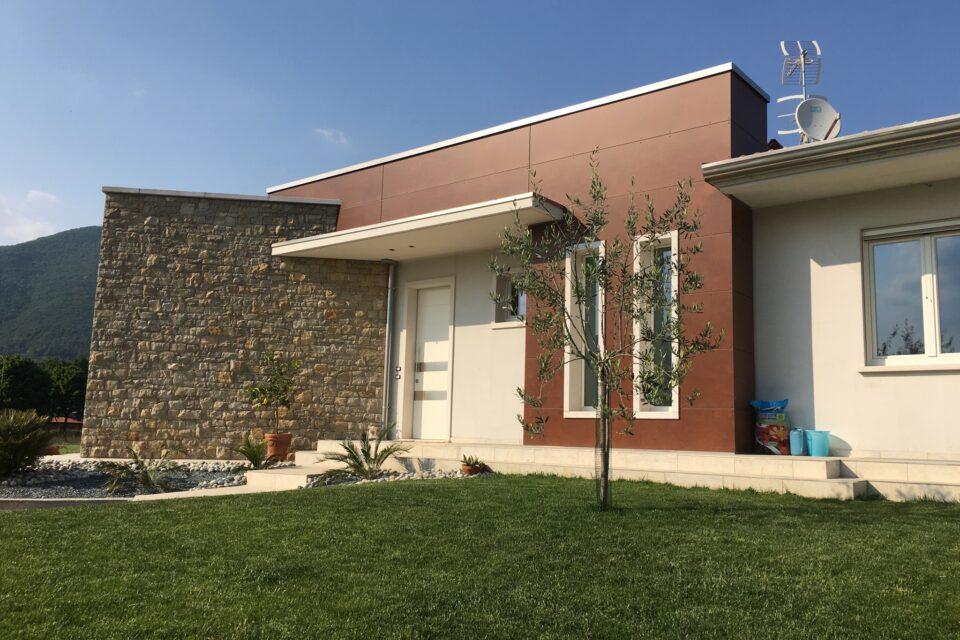 Immagine per Villa in pietra e hpl a Gavardo
