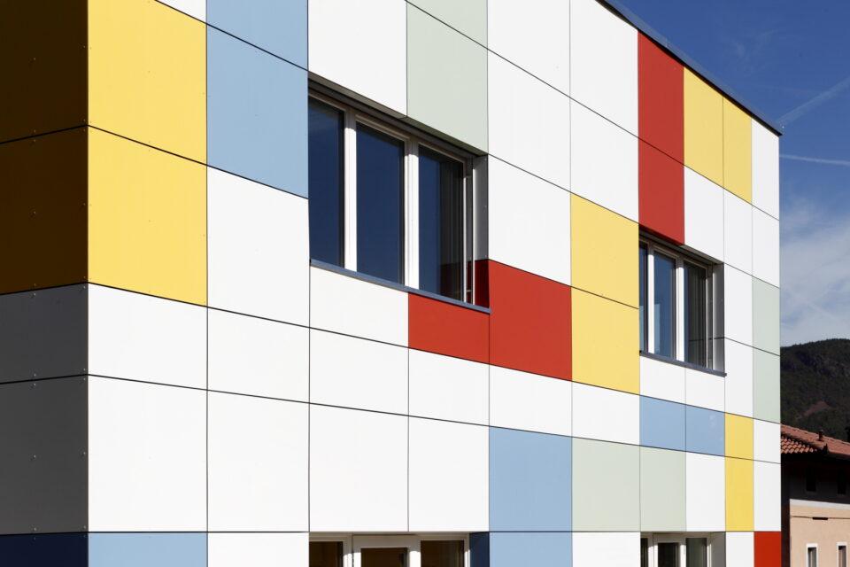 Immagine per Scuola a colori in hpl a Albiano - 4