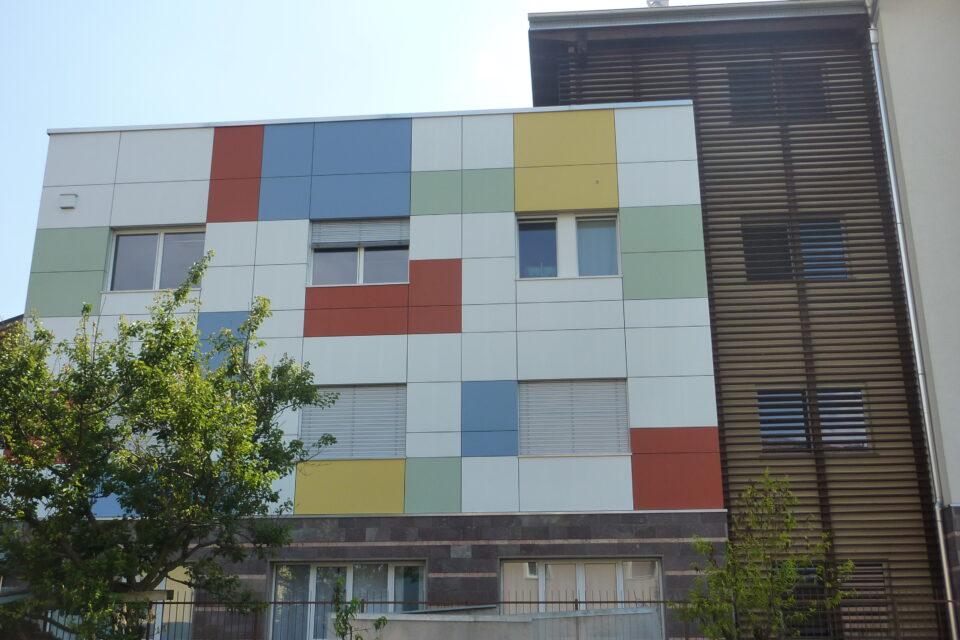 Immagine per Scuola a colori in hpl a Albiano - 2