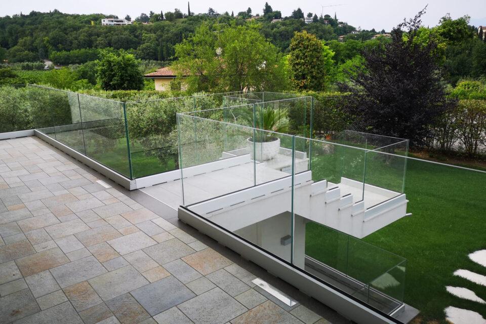 Immagine per Parapetto in vetro - 4